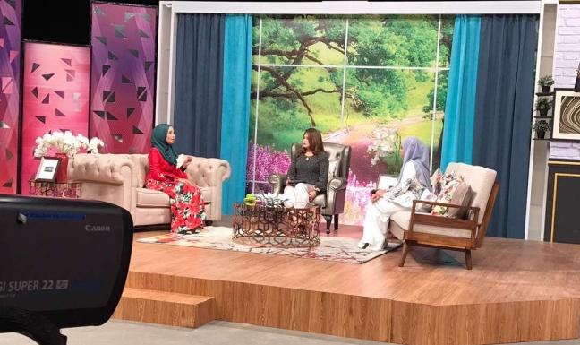 Perunding Imej Emi Idura berkongsi di Apa Kata Wanita RTM TV1