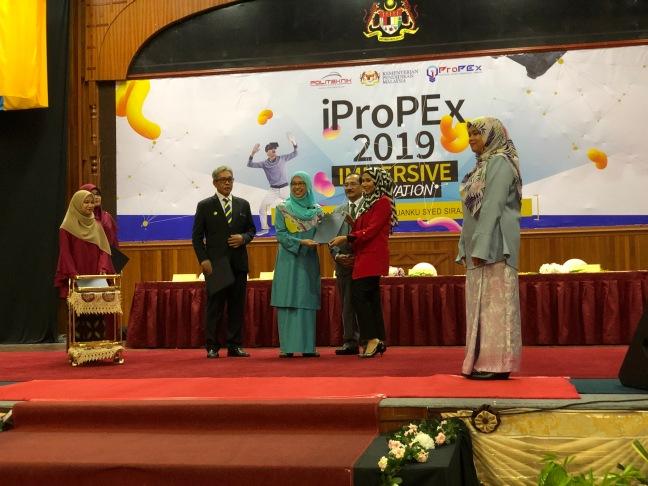 IAP1.JPG